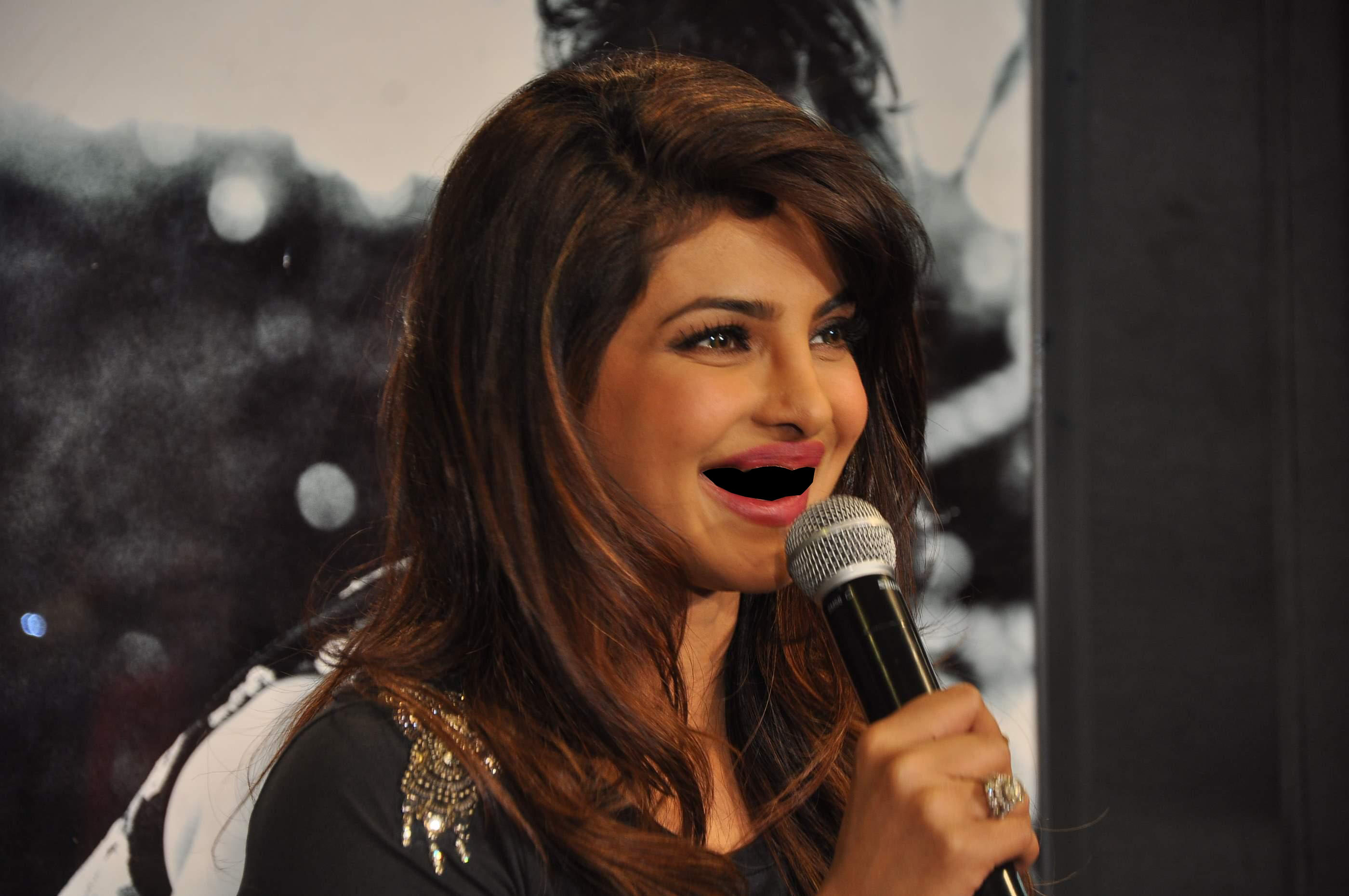 13 Popular Indian Celebrities Without Teeth